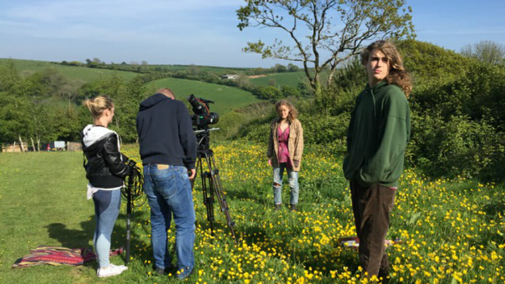 Selfless producer Meg and cinematographer Nick Hamer visit Kuki and Izzy's off-grid recording studio